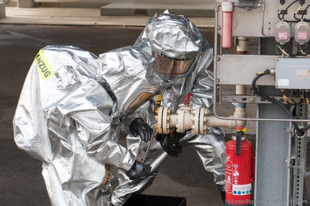 Erfolgreiche Feuerwehrübung im Geothermiekraftwerk Insheim