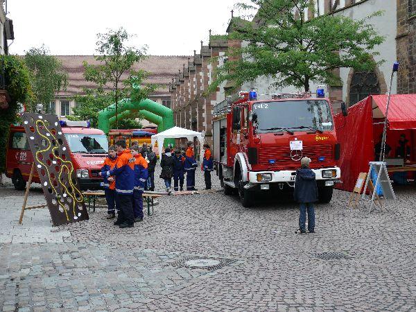 Jugendfeuerwehr beim Kindertag in der Landauer Innenstadt
