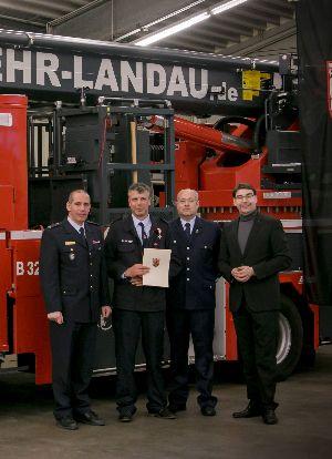 Zwei weitere Ehrungen für Landauer Feuerwehrkameraden