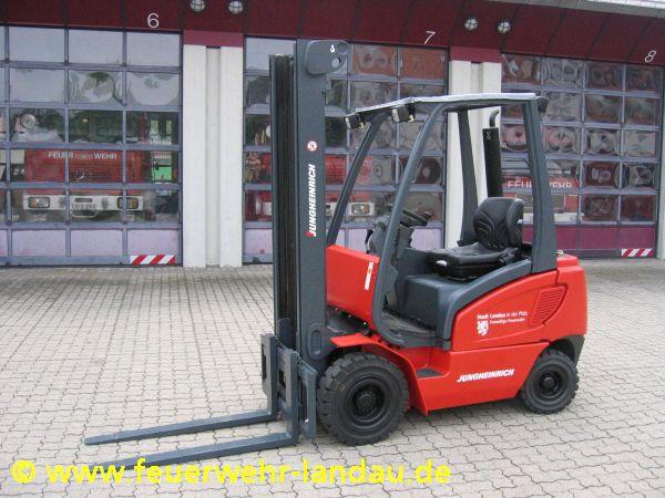 Fahrzeug: Gabelstapler GS