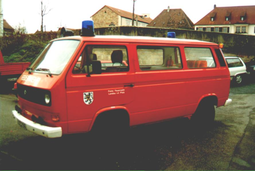 Fahrzeug: Mannschaftstransportfahrzeug MTF Godramstein - alt
